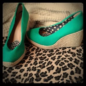 Mint Condition Merona Wedges, 8, Green, Hemp